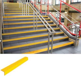 Fotogalerie: Schodiskové protišmykové schodové rohy